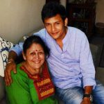 abhishek-rawat-with-his-mother