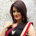 Falguni Rajani Age, Boyfriend, Husband, Family, Biography & More