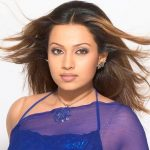 Flora Saini (aka Asha Saini) Age, Boyfriend, Family, Biography & More