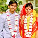Kumar Vishwas with his wife