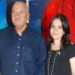 Uma Chopra husband Prem Chopra with her daughter Prerna Chopra