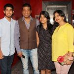Raju Srivastav with his Children and Wife