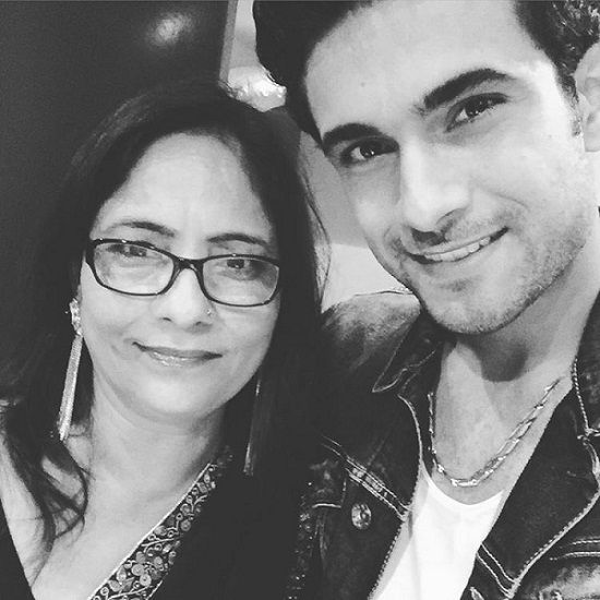 Sanam Puri with his mother