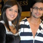 vShaleen Bhanot With His Wife Daljeet