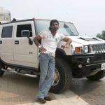 Suniel Shetty Hummer H3