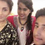 Surbhi Mahendru siblings