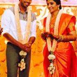 allari-naresh-with-his-wife-virupa-kantamneni