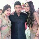 Khushali Kumar with her brother and sister