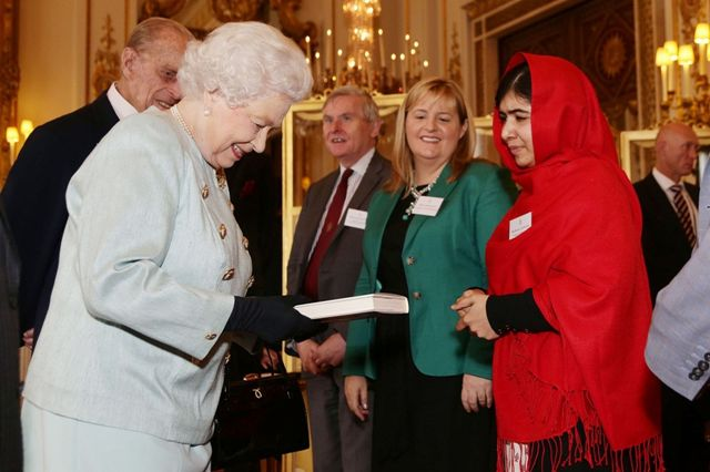 Malala Yousafzai with Queen Elizabeth