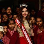 Srishti Kaur with underprivileged children