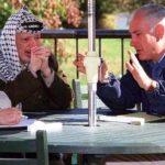 Benjamin Netanyahu with Yasser Arafat