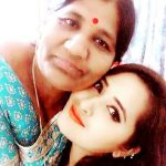 Kajal Raghwani with her mother