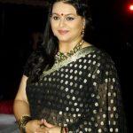 Namrata Shirodkar sister Shilpa Shirodkar