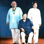 Shashi Kapoor (right) with his brothers Raj Kapoor (centre) and Shammi Kapoor (left)