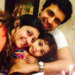 Sachin Shroff with his daughter & wife