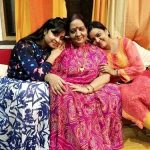 Shubhi Sharma with her mother and sister