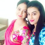 Akshara Singh with her mother Nilima Singh