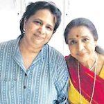 Asha Bhosle with daughter Varsha Bhosle