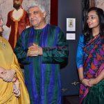 Javed Akhtar at Devangana Kumar's art exhibition