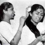 Lata Mangeshkar(right) and Asha Bhosle(Left) in childhood