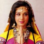 Meenakshi Seshadri Age, Husband, Family, Children, Biography & More