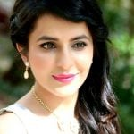 Roop Durgapal (Actress) Height, Weight, Age, Affairs, Husband, Biography & More