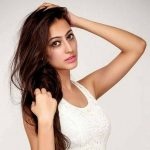 Sana Dua Height, Weight, Age, Affairs, Biography & More