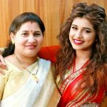 Sanskruti Balgude with her mother Sanjivani Sanjay Balgude