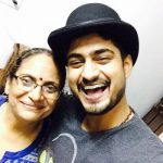 Singer Amit Mishra with his mother