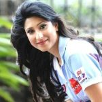 Urvashi Chaudhary (Actress) Height, Weight, Age, Boyfriend, Biography & More