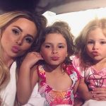 Amanda Stanton with daughters Charlie (R), Kinsley (C)