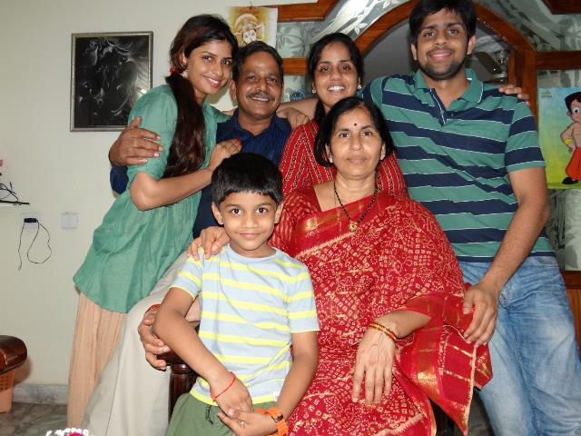 Anny Divya with her family