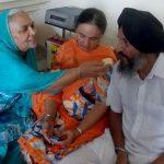 Harmanpreet Kaur father, mother, and grandmother