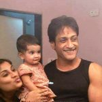 Inder Kumar with his wife Pallavi and daugher Saavna