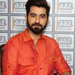 Jeet (Actor) Height, Weight, Age, Girlfriend, Wife, Daughter, Biography & More