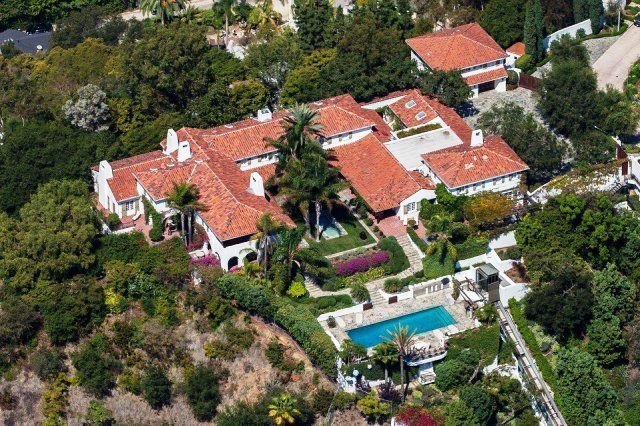 Jeff Bezos Beverly Hills Mansion