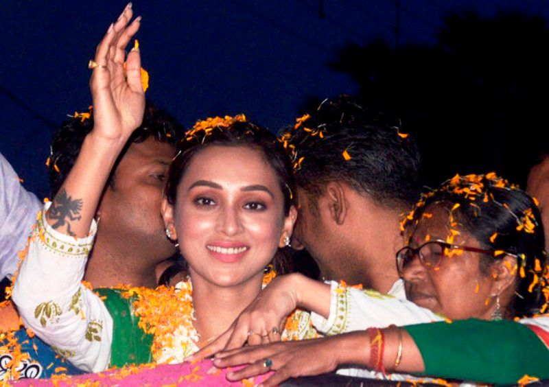 Mimi Chakraborty After Winning The Lok Sabha Elections