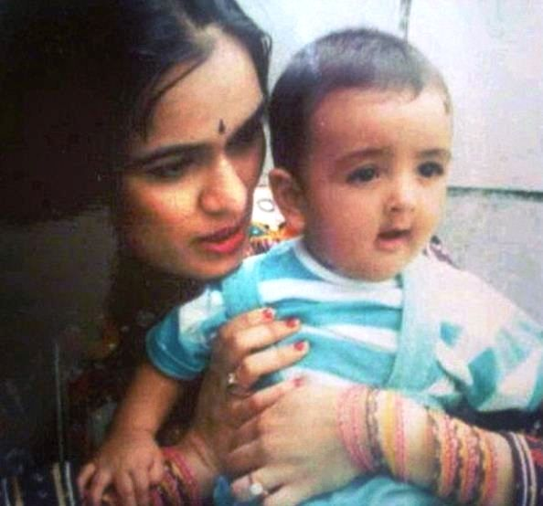 Priyank Sharma With His Mother In His Childhood