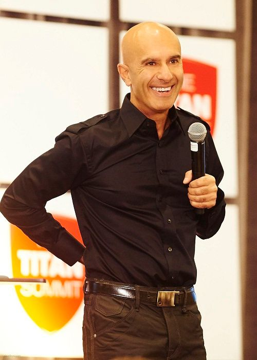 Robin Sharma Novelist, Leadership Speaker