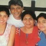 Sai Pallavi with her family