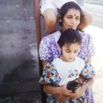 Srinidhi Shetty childhood photo with her mother