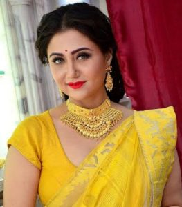 Smita Sabharwal Age, Caste, Husband, Children, Family