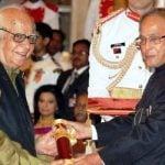Yash Pal With Padma Vibhushan
