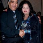 Amit Tandon parents