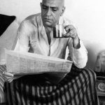 Amrish Puri Reading Newspaper