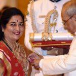 Anuradha Paudwal With Padma Shri