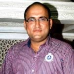 Deepak Parikh (Actor) Height, Weight, Age, Wife, Children, Biography & More