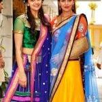Dharmendra Daughters Esha (Right) and Ahana (Left)
