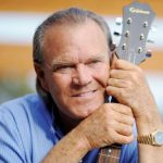 Glen Campbell Age, Wife, Family, Biography, Death Cause & More