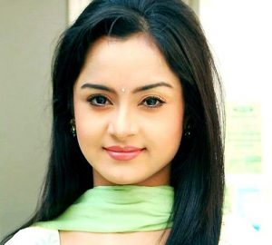 Roop Durgapal (Actress) Height, Weight, Age, Affairs